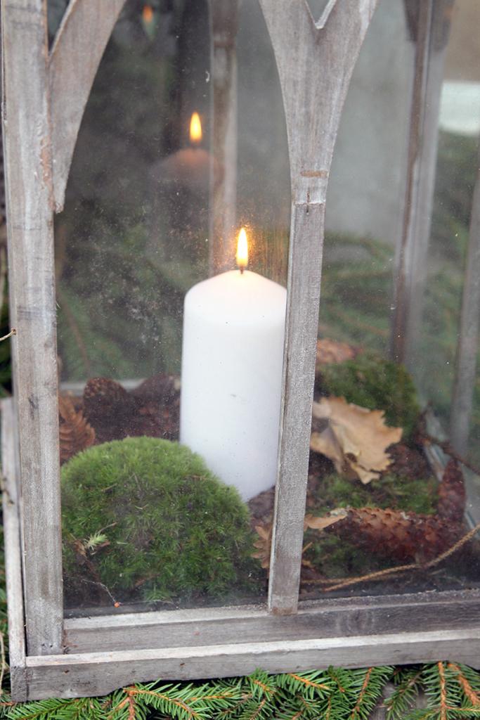 Koristellut kynttilälyhdyt